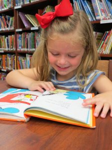 Kindergartner reads Dr. Suess book